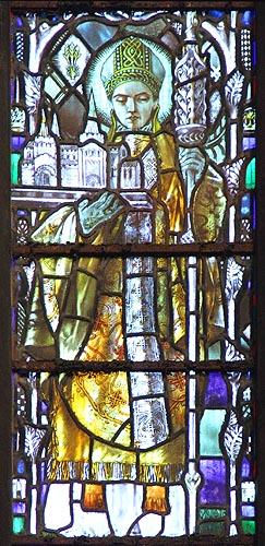 Christopher Whall: Glassmaleri av den hellige Chad, Victoria and Albert Museum i London